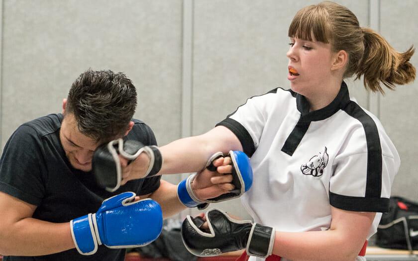 Wing Chun Zelfverdediging. Ook voor Vrouwen te gebruiken.
